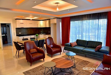 Luxurious penthouse 3+1 with sea view for sale in Alanya City Center alanya