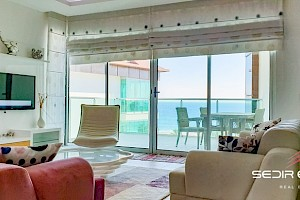 Ultra luxury sea front penthouse for sale  in Alanya alanya